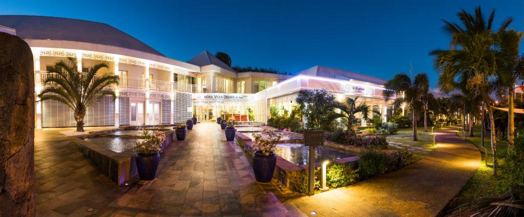 Panorama de nuit de l'hôtel Villa Delisle